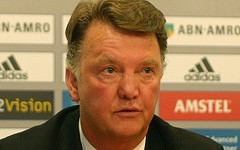 Louis Van Gaal fikk juling av Arsenal i PL, men United bør ha nok kvalitet til å gå videre fra Gruppe B. Foto: Global Panorama